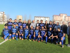 تیم فوتبال هنرمندان حامی و هنرمندان استقلالی در شهرستان نور به مصاف هم رفتند